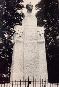 Monument Frantz Reichel in its pomp