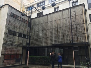 Front elevation of the Maison de Verre